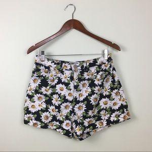 American Apparel Daisy on Black Jean Shorts size31